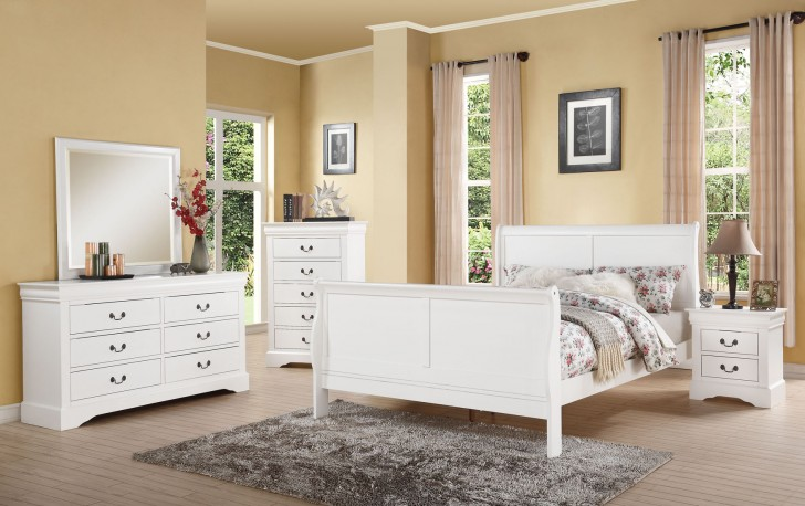 Designer Style Discounted Bedroom Set