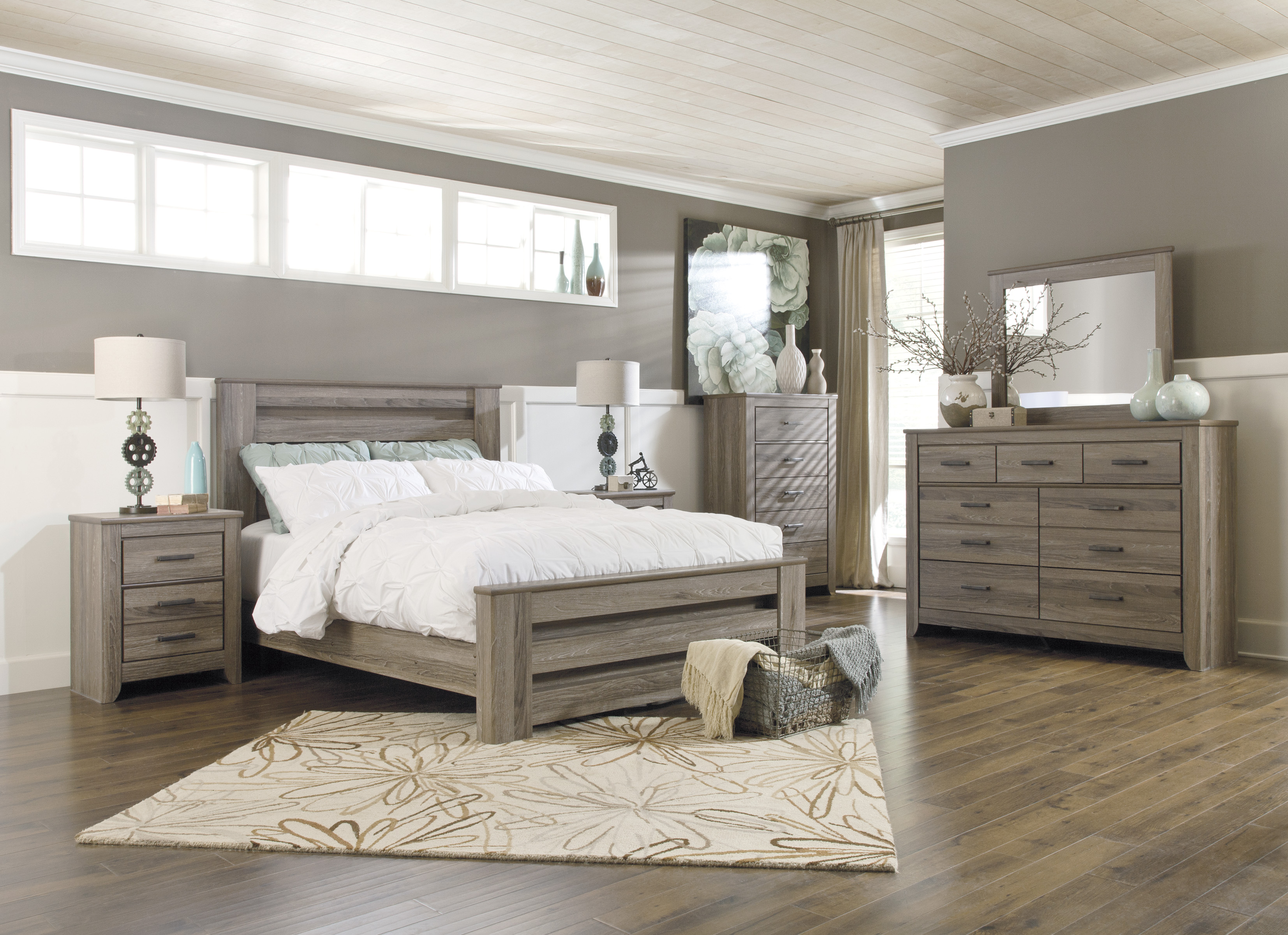 Post and Beam Modern Style Bedroom Set